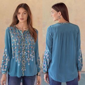 Sundance Embroidered Button Down Blue Top Large